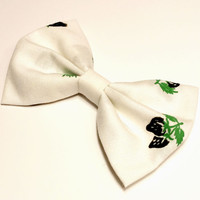Strawberry Bow • Cotton Hair Bow • Vintage Fabric Bow • Black Strawberry Bow • Vintage Cotton Bow • Gifts For Girls • Women's Fashion Spring