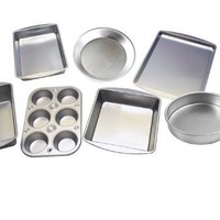 Le Juvo 7 Piece Bake Set - Kitchen Bakeware Set - Including Square Cake Pan, Round Cake Pan, Pie Pan, Cookie Tray, Bread & Loaf Pan, 6 Cup muffin Pan, and a Biscuit & Brownie Pan - Made of Heavy Gauge Steel