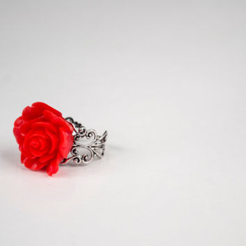 Beautiful Large Red Flower - Adjustable Ring