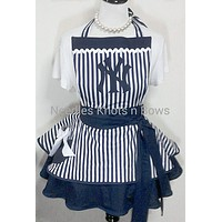New York Yankee's Womens Apron, Yankee's Baseball Game Day Apron, Womens Flirty Aprons, Aprons