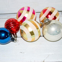 Christmas Tree Ornaments with Glitters , Gold , Silver , Red and Green , Vintage Hollidays