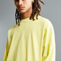 UO Box Drop Shoulder Long Sleeve Tee | Urban Outfitters