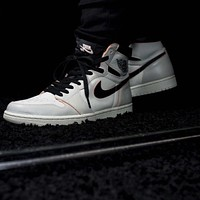 Nike SB x Air Jordan 1 Light Bone Basketball Shoes Sneakers