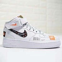 NIKE Air Force 1 New fashion letter hook print high top couple shoes White