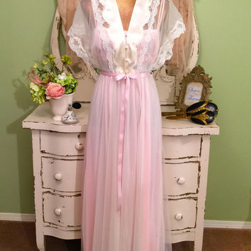 Chiffon and Satin Nightgown Set, Vintage Peignoir Set, Pink Hollywood Glam, 40s Style Robe and Nightie, Wedding Nightwear, Size Small