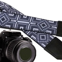 Native Camera strap.  Photo accessories accessories. DSLR / SLR camera strap for Nikon, Canon, Sony, Fuji, Panasonic and other cameras.