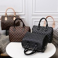 LV Louis Vuitton Classic Plaid Letter Shoulder Messenger Bag Drum Bag Fashion Ladies Handbag