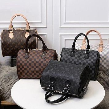 LV Louis Vuitton LV speedy 30 fashion lady zipper one-shoulder messenger bag handbag