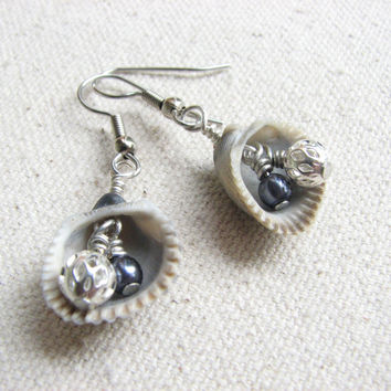 Beach Theme Sea Shell Earrings in Grey