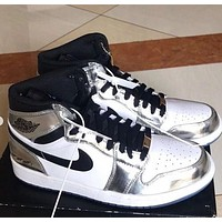 Air Jordan Mid AJ1 mid-top silver-white versatile cushioning wear-resistant basketball shoes
