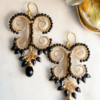 Onyx and Spinel Wire Wrapped Statement Earrings » Craftori