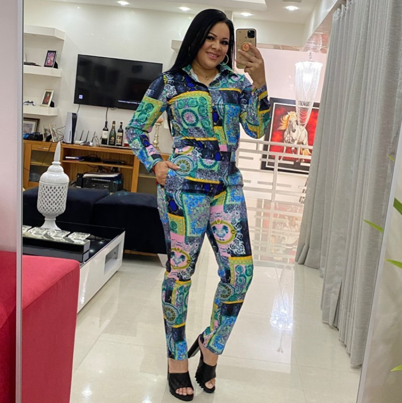 Image of Versace New Popular Women Casual Round Collar Top Pants Set Two-Piece