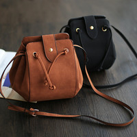 Vintage Stylish Simple Design Tassels One Shoulder Casual Bags [4915824900]