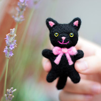 Needle Felted Cat, Black Cat Plush, Cat Soft Sculpture, Cat Miniature, Felt Cat, Felt Kitty, Cute Cat, Cat Figurine, Needle Felted Animal