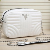 PRADA high-quality leather beautiful stylish handbag F-MYJSY-BB white