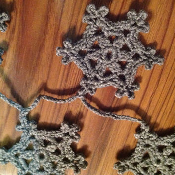 Hand Crochet Snowflakes Garland,Small Doily Decoration,Snowy White Garland, SALE-MANY COLORS White Gray Natural Off White, 18 Snowflakes