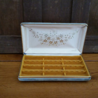 Vintage Blue Velvet Mele Jewelry Earring Travel Case With Mustard Velvet Lining