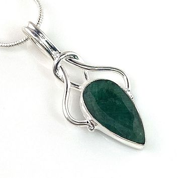 Emerald Sterling Silver Knotted Pendant