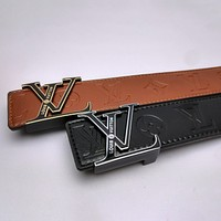 Louis Vuitton LV hot sale classic metal logo letter buckle waist belt fashion men's and women's belts