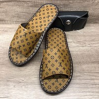 Louis Vuitton LV Mens and Womens Flat-Bottom Non-slip Wear-resistant Slippers Shoes-1