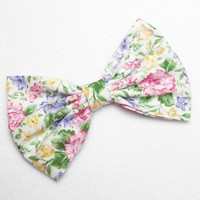 Hair Bow Clip - Delicate Flower