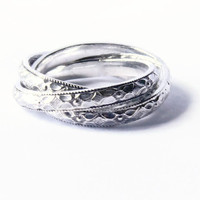 Sterling silver rolling ring floral pattern Sterling silver ring fidget ring three band interlocked rings Russian wedding band infinity ring