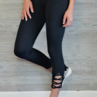 *  Alize Athletic Leggings With Cutouts: Black