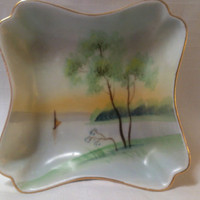 Meito China Hand Painted Landscape, Scenery Nut Dish (718)