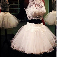 Elegant Two-pieces White Lace Short Homecoming Dress
