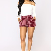 Clara Stripe Pleated Shorts - Burgundy/White