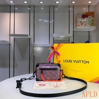 HCXX 19Aug 1121 Louis Vuitton LV Pop 3D Print Box Bag Fashion Crossbody Quilted Bag 18.5-13-8CM