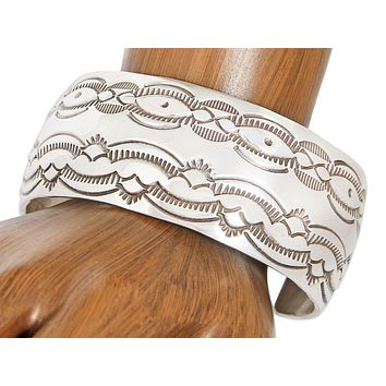 VTG Museum Quality Hand Stamped Navajo Indian .925 Silver Cuff Bracelet