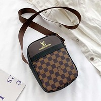 Louis Vuitton LV Messenger Bag Fashion Trend Shoulder Bag