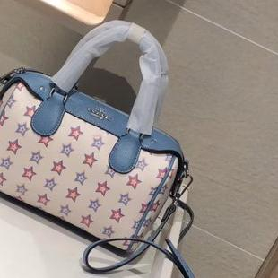 Image of COACH 2020 new simple and fashionable women's pillow bag crossbody bag