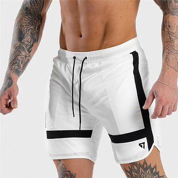 New Fitness Sweatpants Shorts Man Summer Gyms Workout Male Breathable Mesh Quick Dry Sportswear Jogger Beach Short Pants