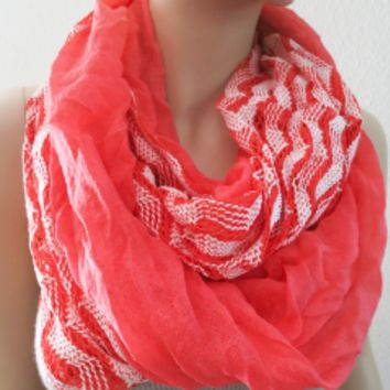 Chevron Scarf White and Red Geometric | LaLaMooD Women Accessories
