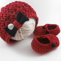 cute baby clothes, baby hat and booties, baby girl booties, baby girl hat, red, baby shower gift
