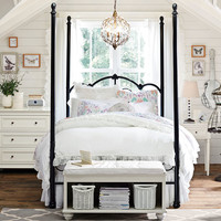 Teenage Girl Bedroom Ideas | Four-Poster Canopy Bed