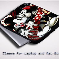 Hugs and Kisses  Mickey Minnie mouse Z1557 Sleeve for Laptop, Macbook Pro, Macbook Air (Twin Sides)
