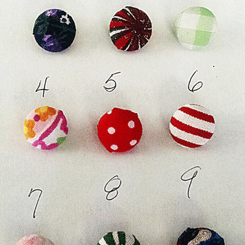 Buttons fabric covered one half inch diameter  6 buttons shank style