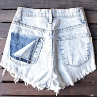 final sale - high waisted distressed pocket denim shorts - light vintage acid wash