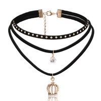 Harajuku Multi-layer Rivet Black Velvet Choker Necklaces For Women Fashion Luxury Crystal Crown Pendant Necklace Chokers Chocker