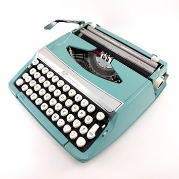 Reconditioned Smith-Corona Corsair De Luxe Manual Typewriter - Aqua / Blue Vintage Typewriter - Working Typewriter - Excellent Condition