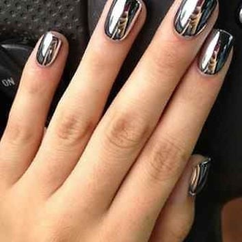 Silver Metallic Chrome Artificial Press On Nails