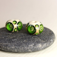 Owl Glass Beads, 2 Ivory White and Green Lampworked Glass beads, Supplies, Glass Beads for Earrings, Handmade in Sweden by Marianne Degener