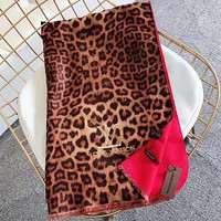 LV Louis Vuitton new letter embroidery ladies fringed Leopard scarf Red