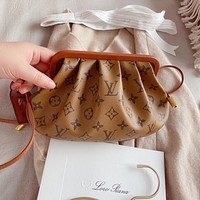 Louis Vuitton LV New Vintage Stitched Crossbody Bag Shoulder Bag