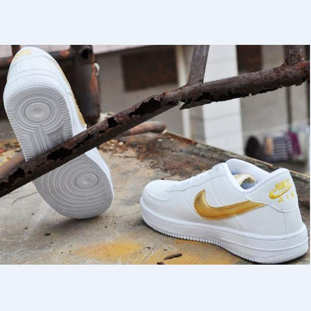 Image of NIKE Women Men Running Sport Casual Shoes Sneakers Air force low help shoes White golden