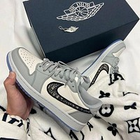 NIKE Air jordan 1 aj 1 Air force 1 Basketball shoes male air force couple street shooting all-match sports shoes sneakers Low top gray