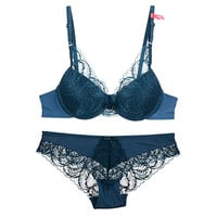 Sexy Lace Hollow Out Embroidery Eyelash Strap Underwear Lingerie Set